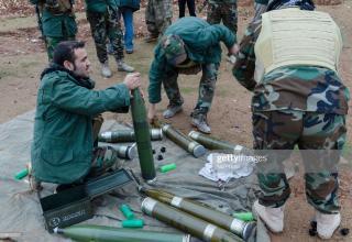 gettyimages.ae/detail/news-photo/peshmerga-are-seen-during-launching-mortars-iraqi-kurdish-news-photo/524602502?adppopup=true
