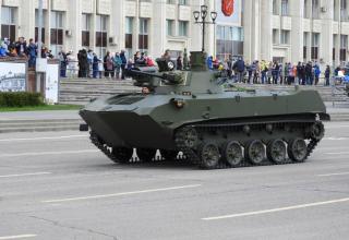 """Модернизированная боевая машина БМД-2 с боевым модулем """"Берег"""""""