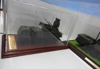 """Модель пусковой установки зенитного ракетно-пушечного комплекса """"Панцирь-С1"""""""