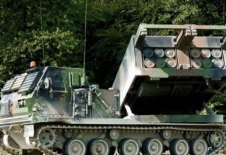 Франция получает первые модернизированные боевые машины РСЗО MLRS