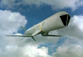 Крылатая ракета AGM-84H