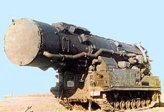 Ракетный комплекс средней дальности 15П696 с ракетой 8К96 (РТ-15)
