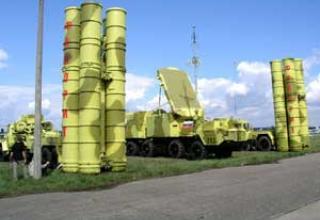 Зенитно-ракетная система C-300 ПМУ-2 'Фаворит'