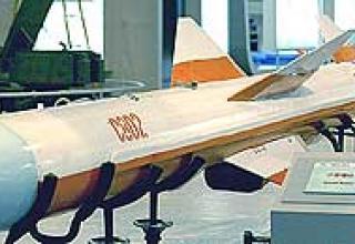 Противокорабельная ракета средней дальности YJ-82 (C-802)