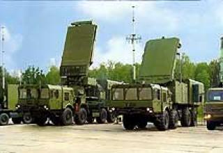 Зенитный ракетный комплекс С-400 'Триумф'