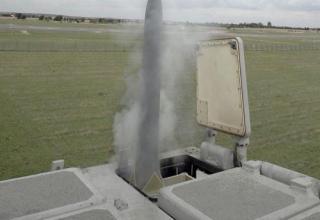 Успешные пуски ЗУР CAMM из пусковой установки Mk41